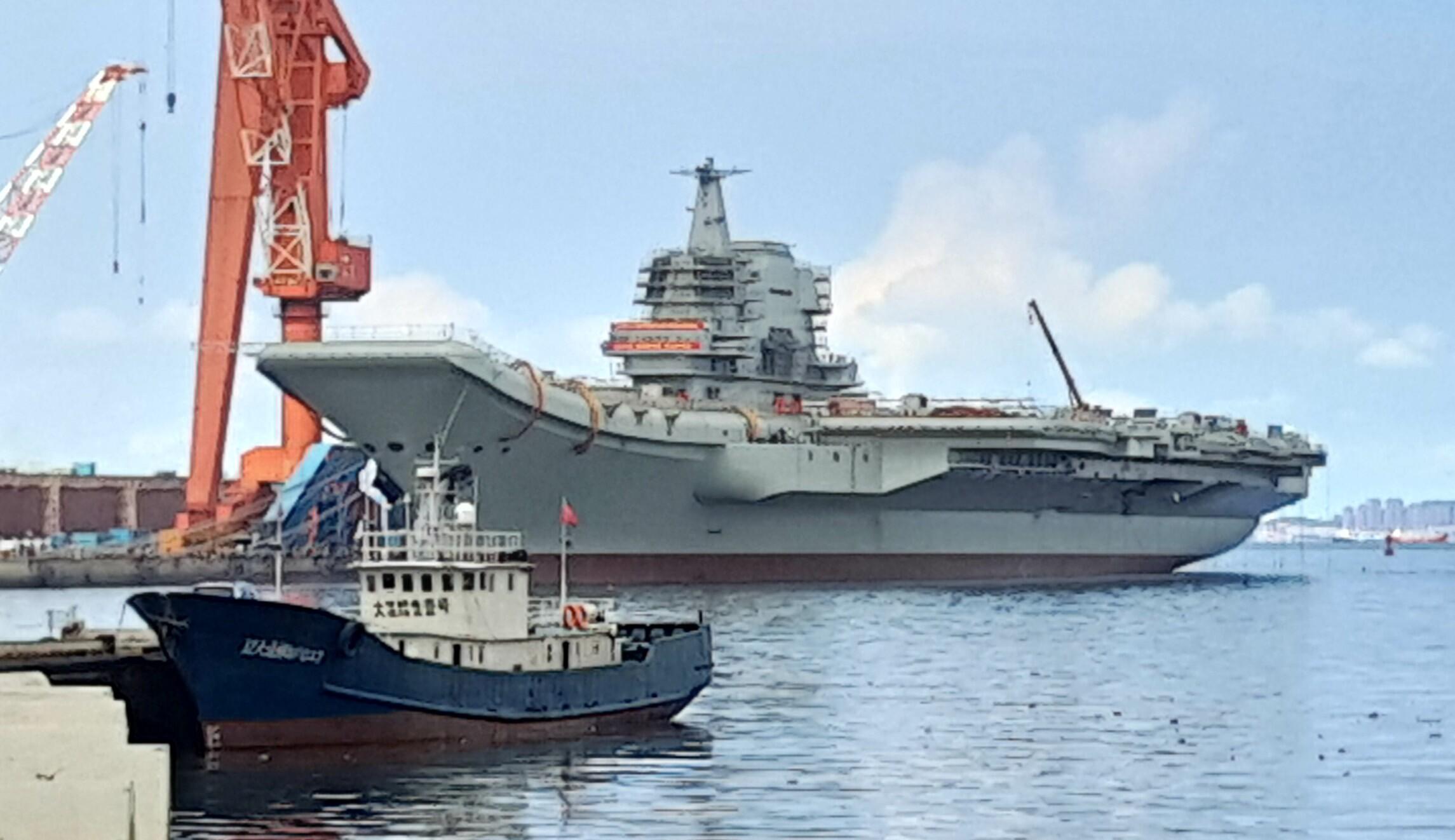 Uss Carl Vinson Is Ancd At Tien Sa Port In Danang Vietnam Monday