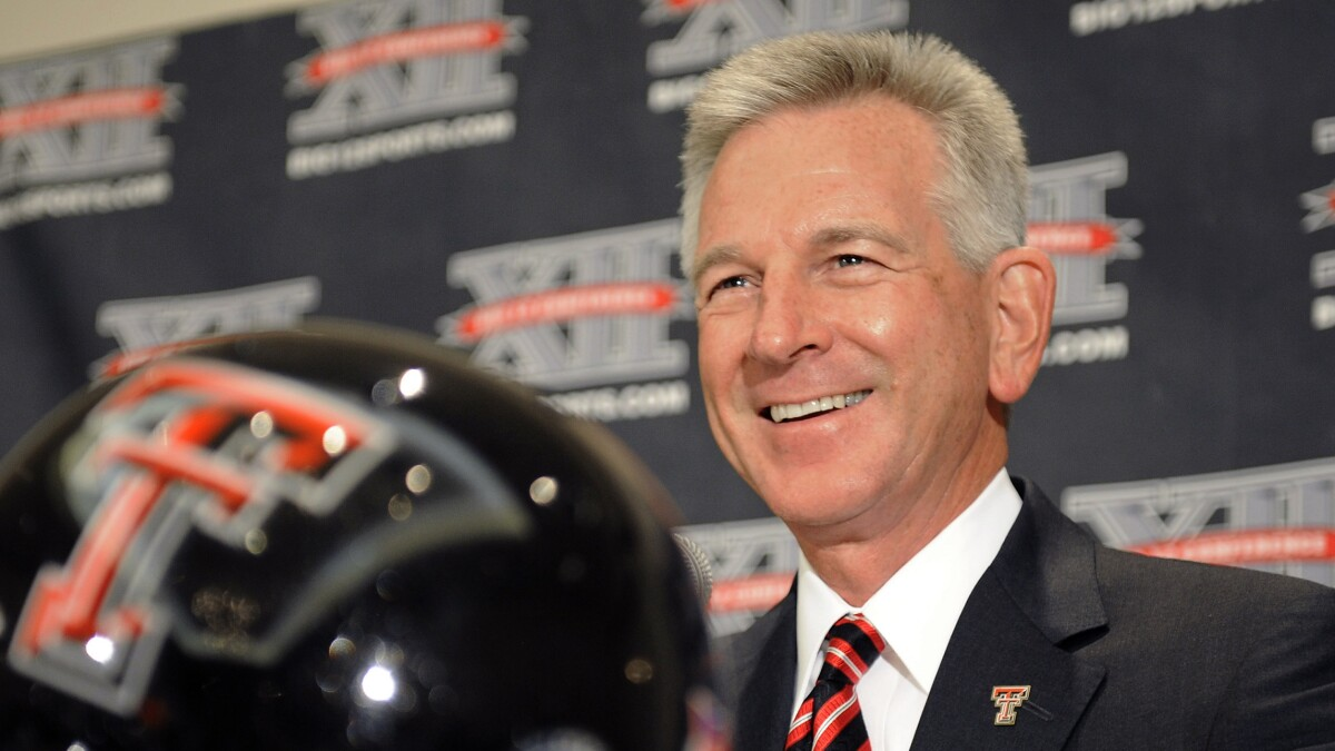 Coach Tommy Tuberville commits unsportsmanlike conduct in Alabama Senate race
