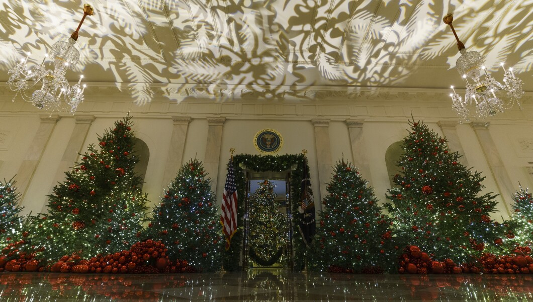 White House Christmas Decorations 2019.White House