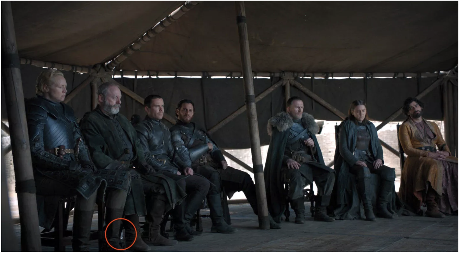 More Trash Game Of Thrones Finale Accidentally Shows Modern Water Bottles