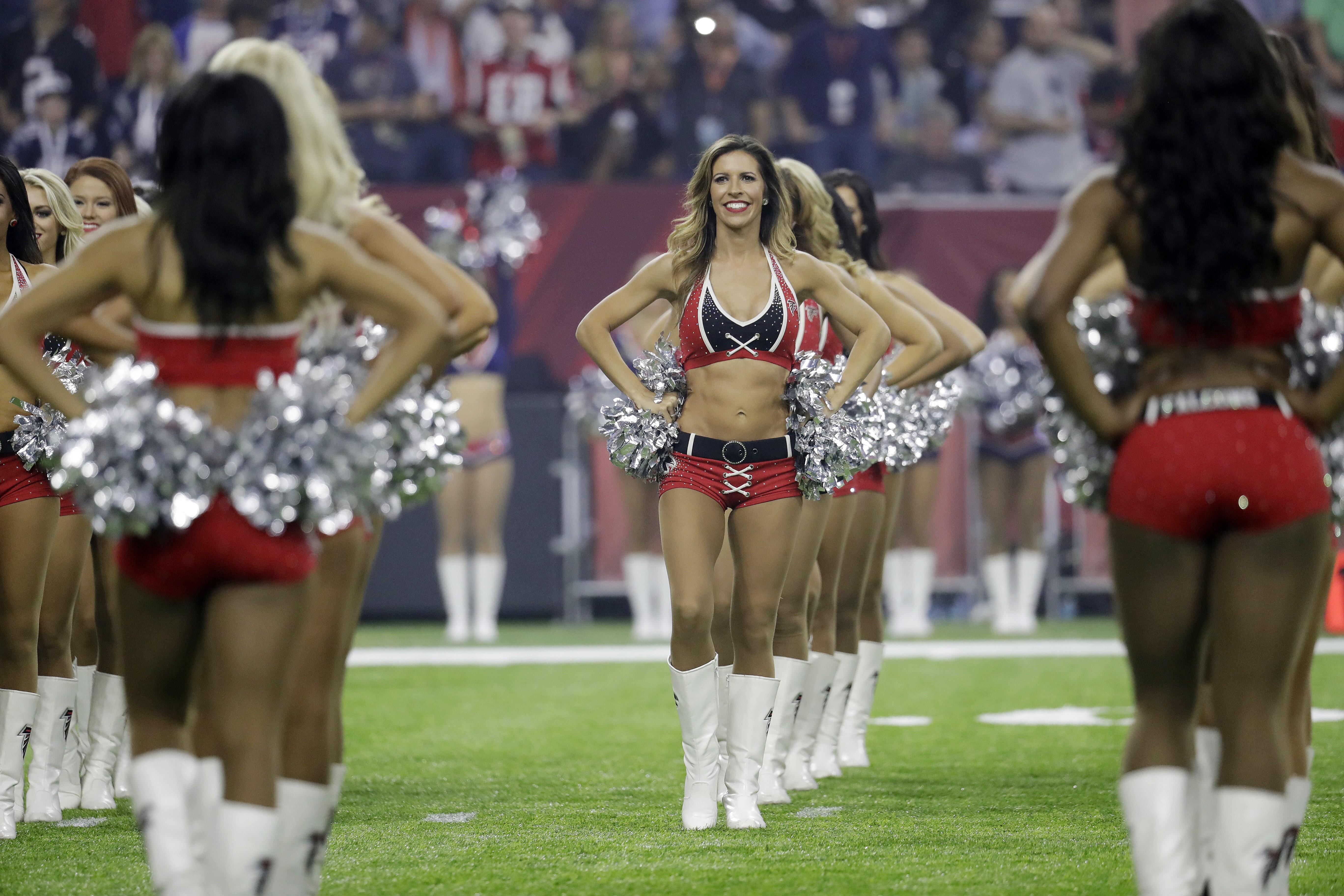 And free pics of nfl cheerleaders in uniform bukkake video clip