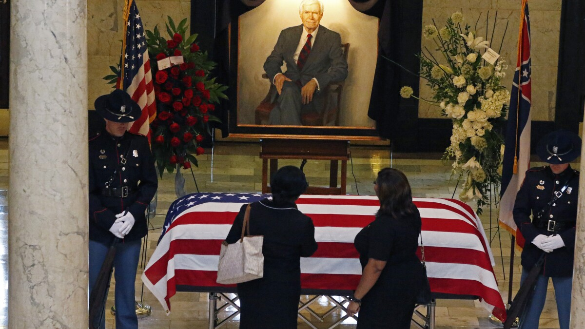 GOP aides demoted over taxpayer-funded government jet flight to senator's funeral