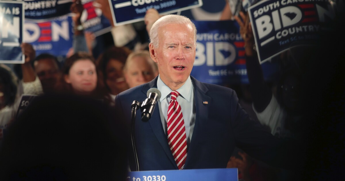 Jerk With A Microphone Biden Granddaughter Lashes Top Obama Aide