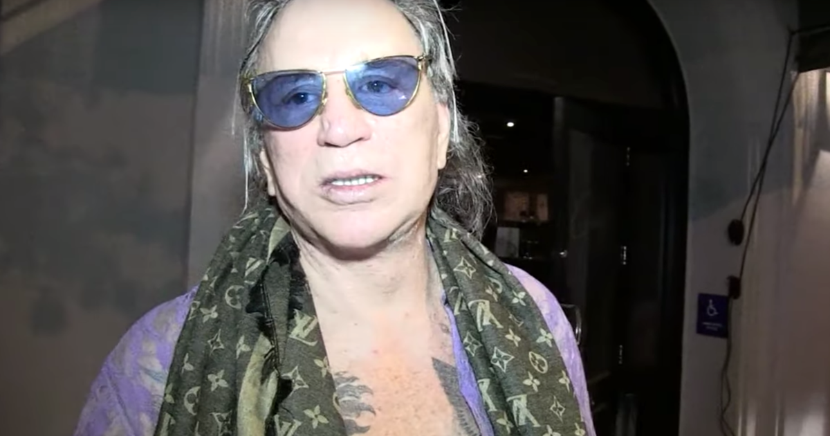 'It's personal': Mickey Rourke threatens to deck Trump ...