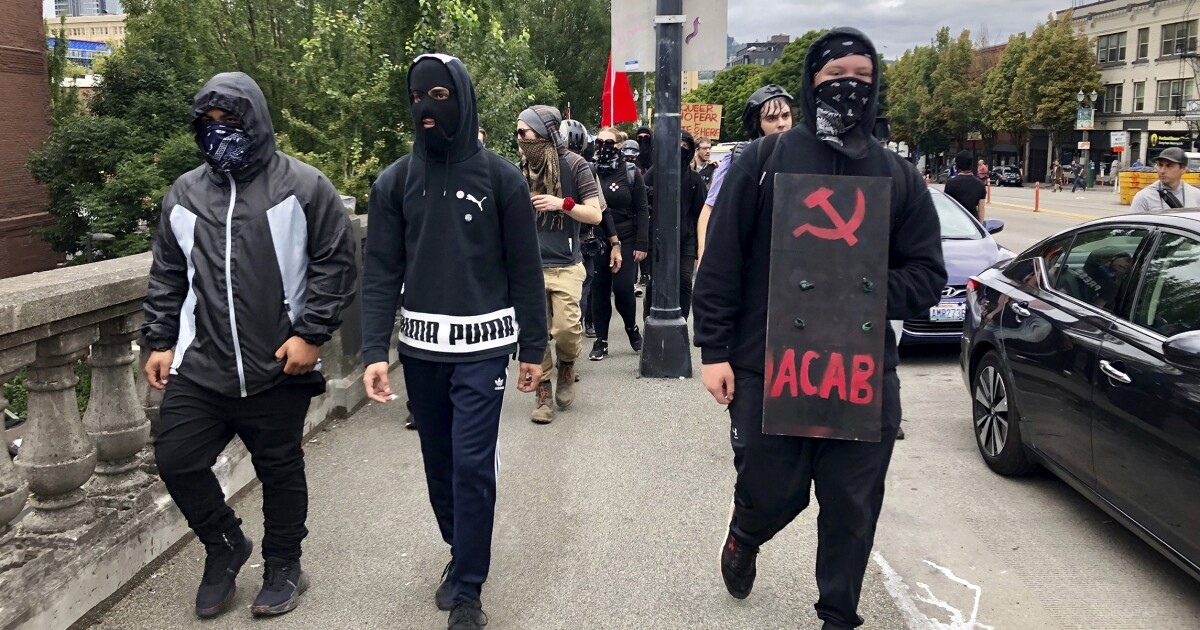 Antifa causes disturbances long after most Proud Boys leave Portland rally