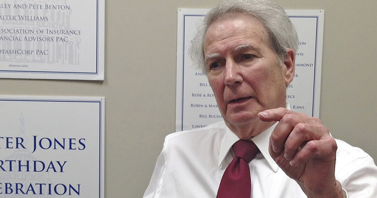 Walter Jones, champion of peace, took on the warmongers and won