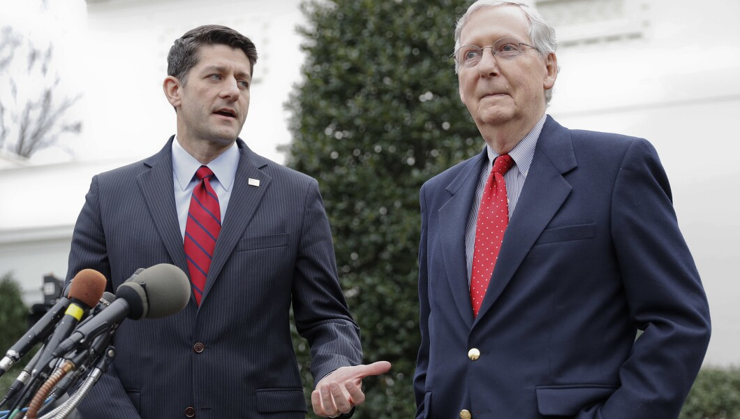 Mitch McConnell,Paul Ryan承诺,因税收改革而阻止医疗保险削减