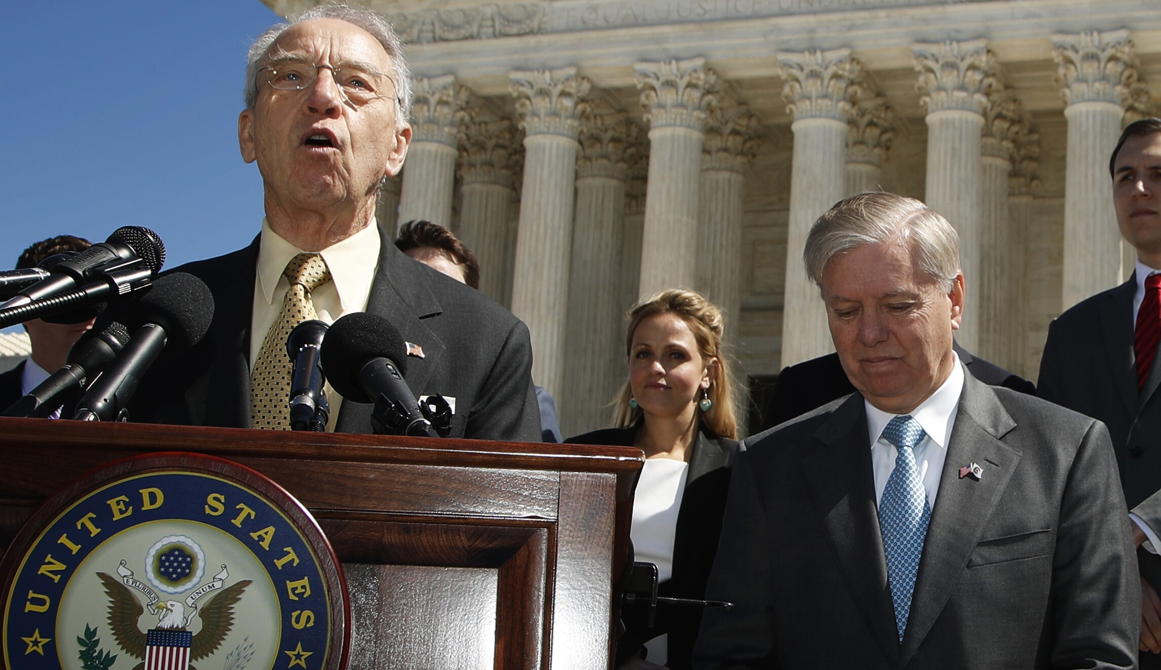 Republican lawmakers renew calls for second special counsel amid DOJ