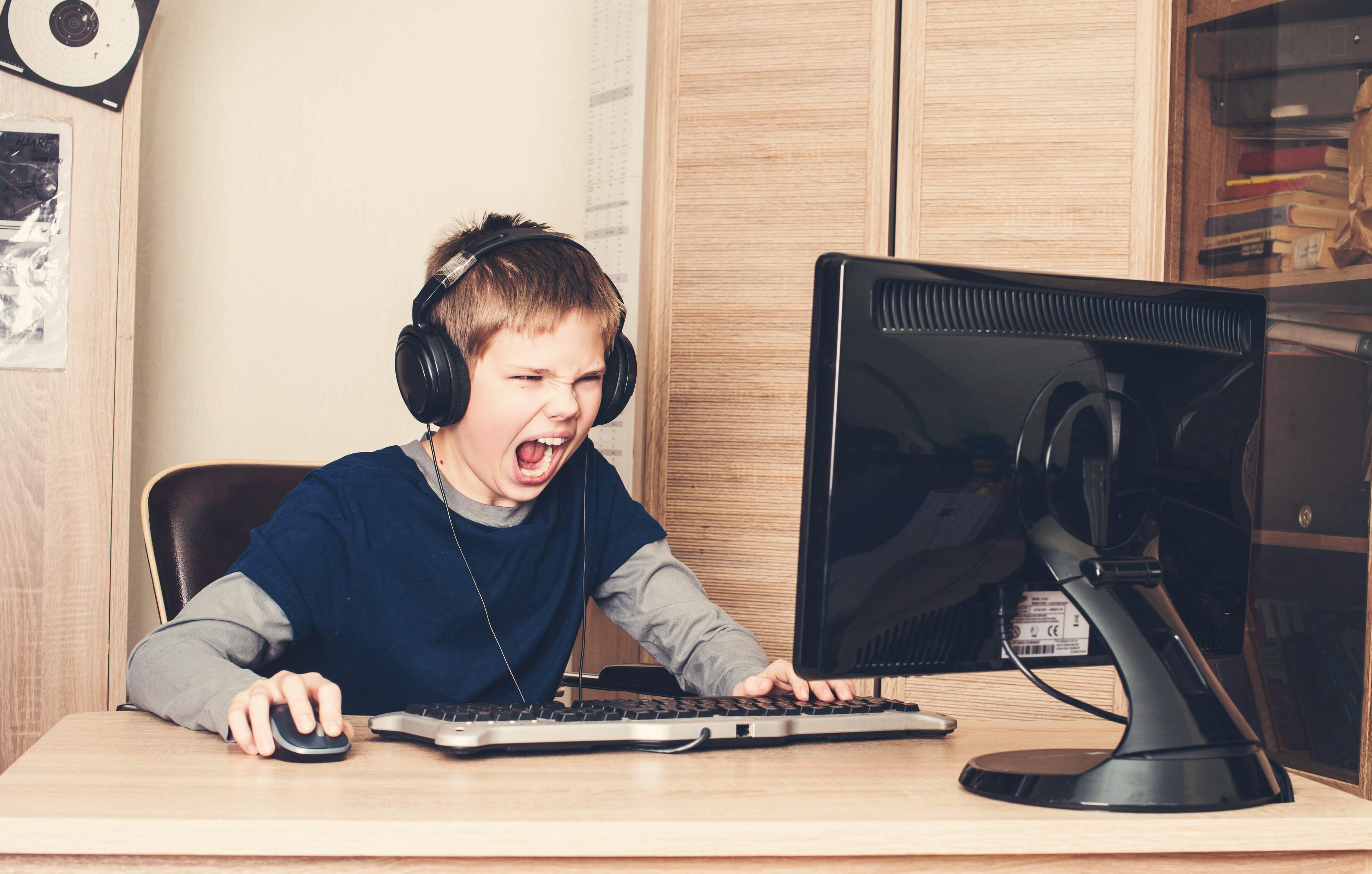 Spielsucht Pc Konsolen Online Games