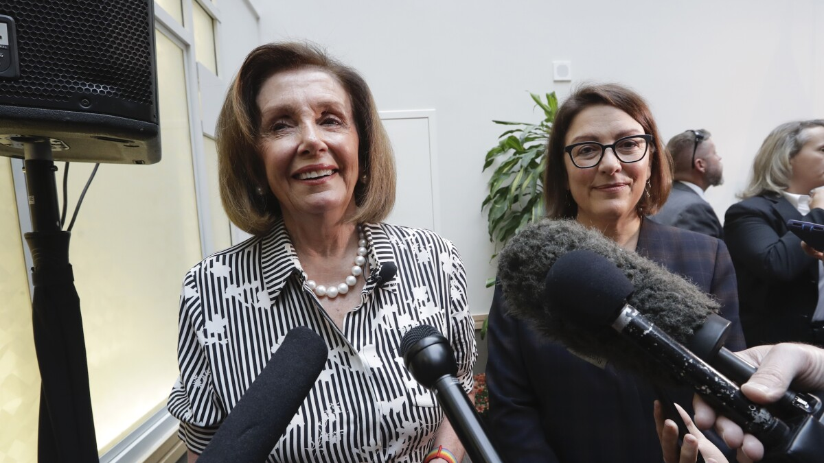 Pelosi tweets plan to 'overturn' Trump move in Syria