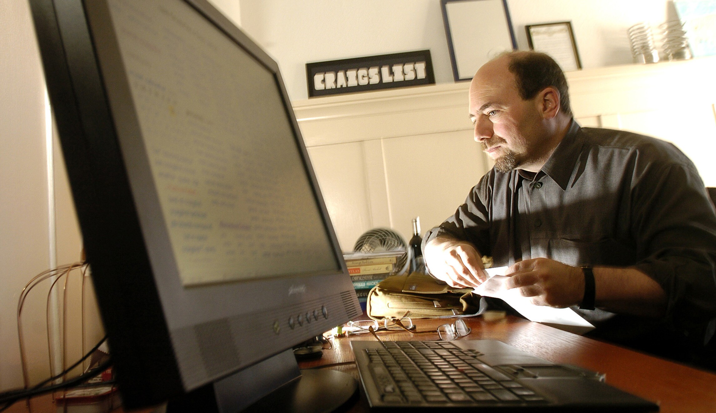 Craigslist Founder Shows How Education Funding Should Work - Craigslist conference table