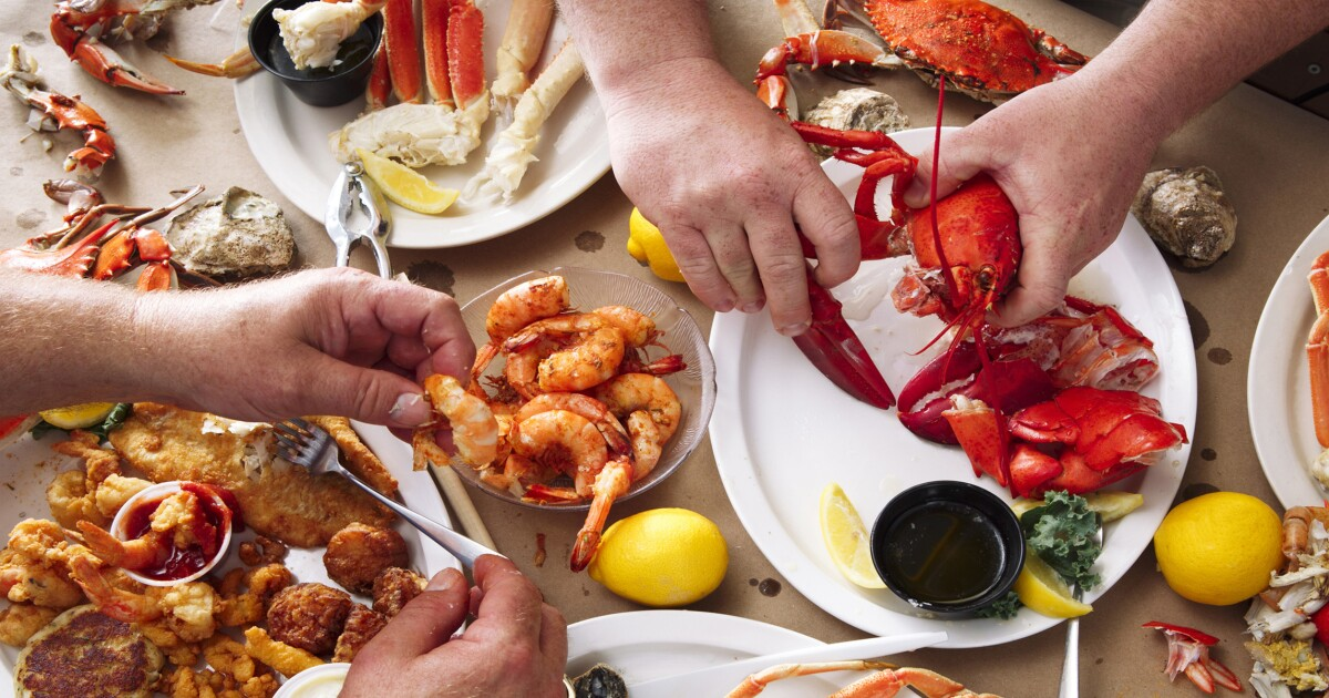 Defense Department spent millions on crab, lobster to use up 2018 funds