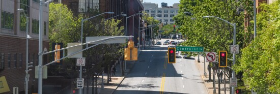 Road street in Atlanta, Georgia with cars in traffic