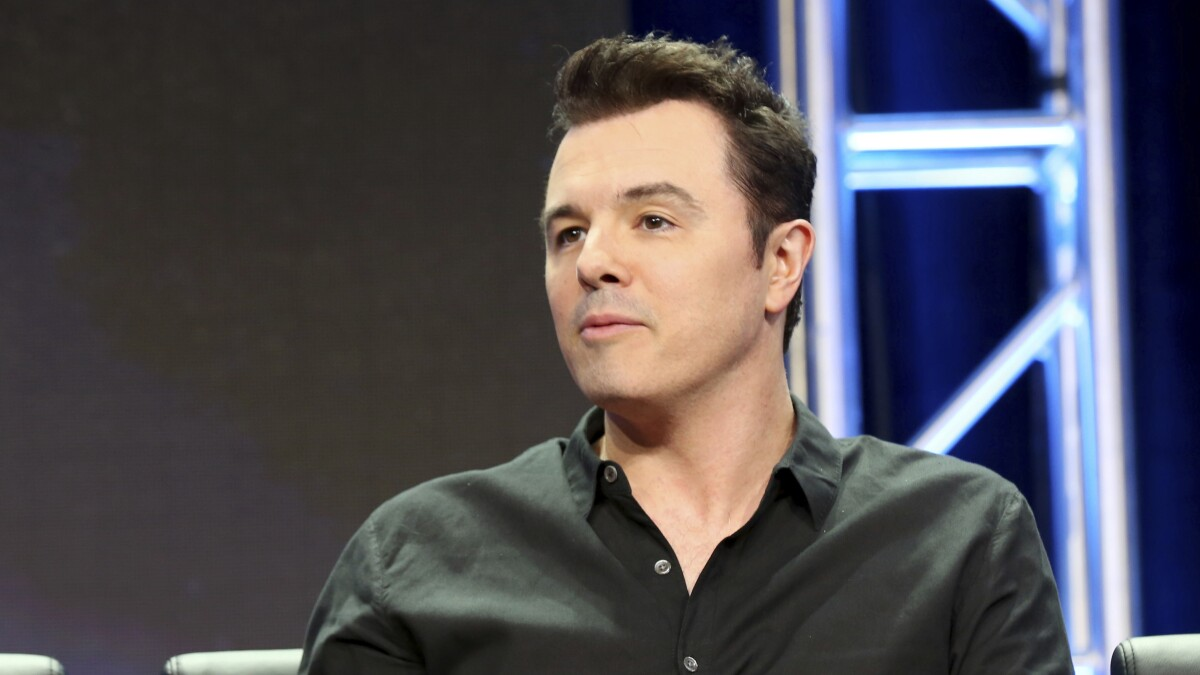 Seth MacFarlane begs Democrats to put social media aside: 'More unity, less Twitter'