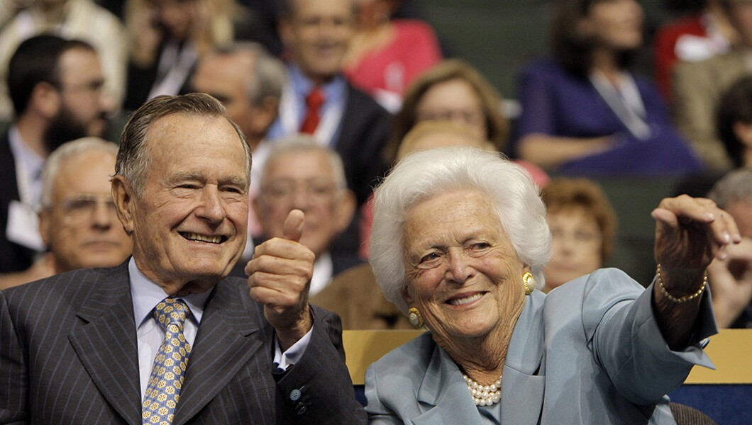 George H W Bush Reunites With Barbara And Daughter Robin In