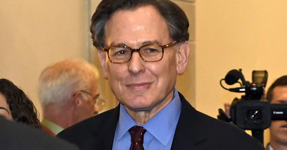 Clinton ally Sidney Blumenthal reportedly tried to kill Russia 'scandal' book