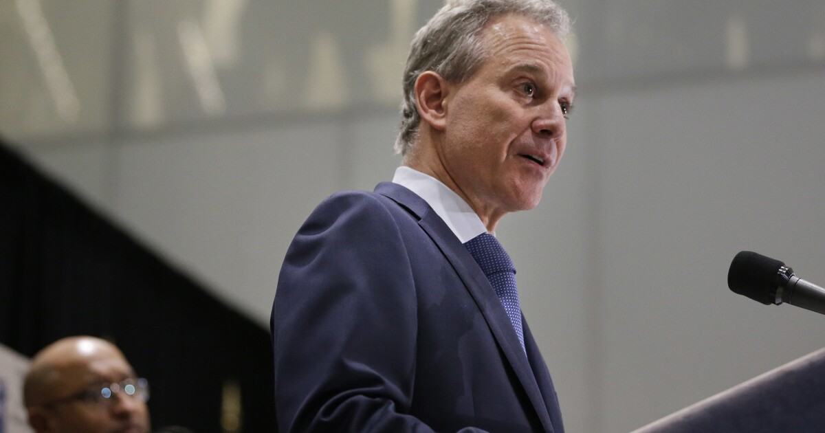 New York Attorney General Eric Schneiderman plans to sue Trump for repealing Clean Power Plan