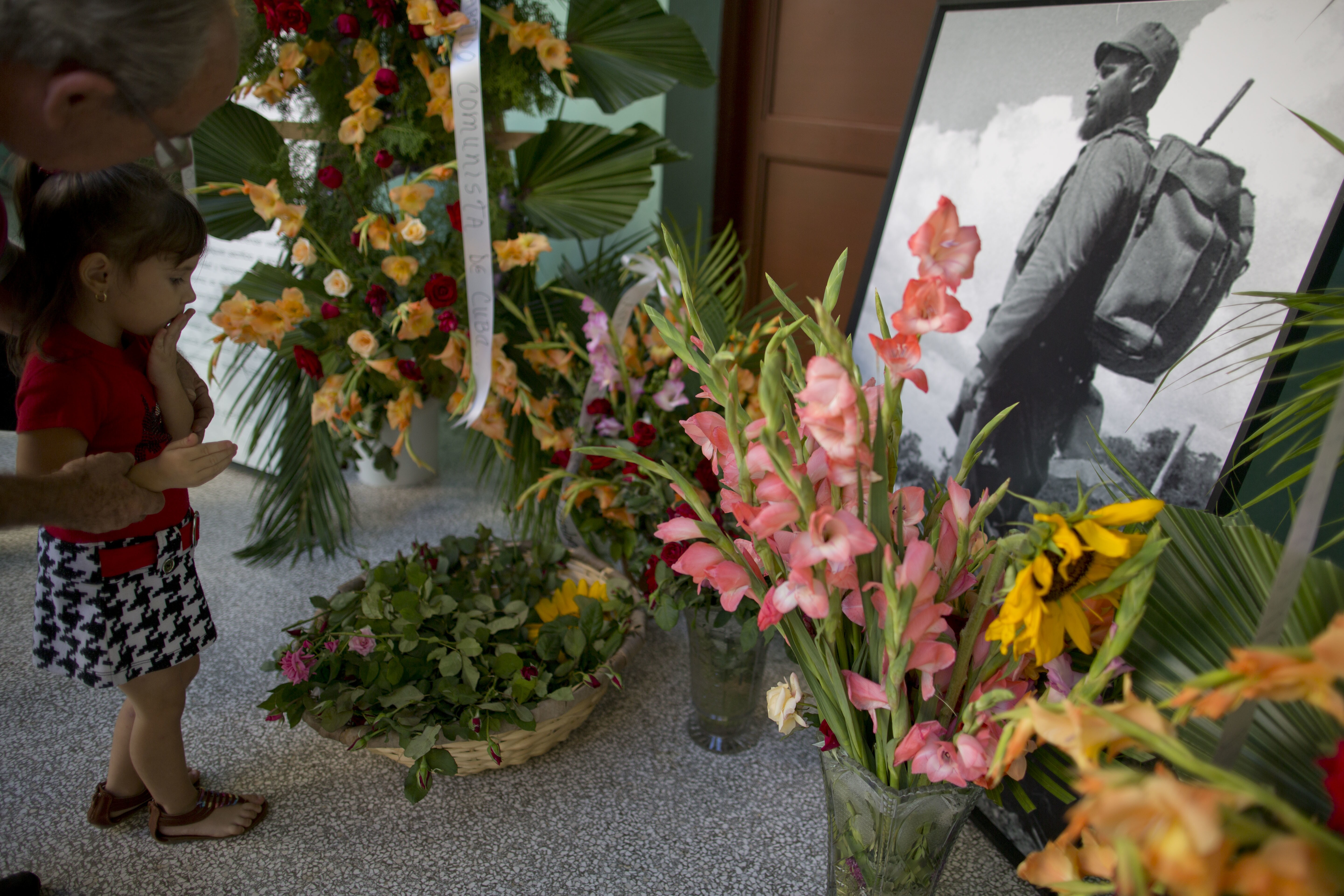 White House Sending Two Officials To Castro Funeral