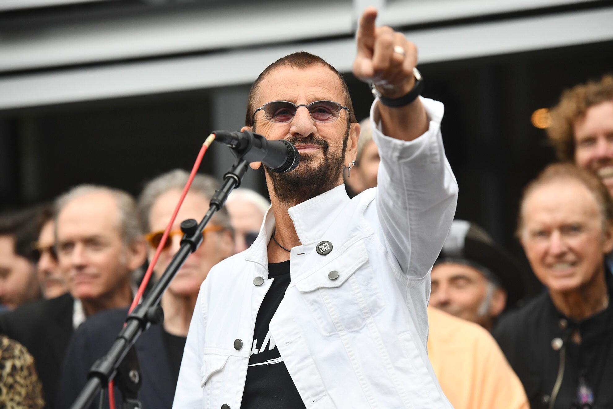 Ringo, Brexit stage right
