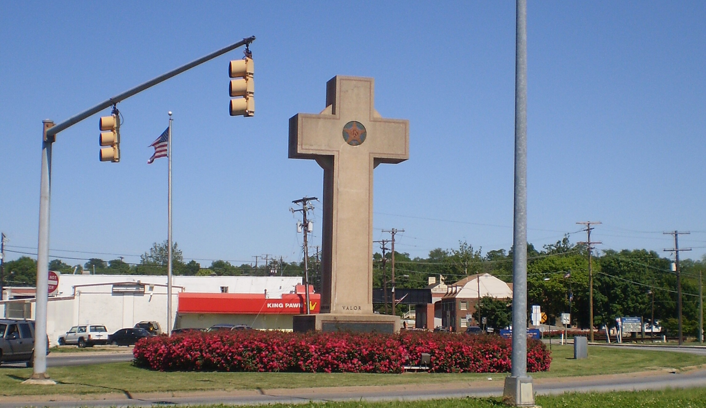 wikimedia commons Bladensburg Peace Cross.jpg