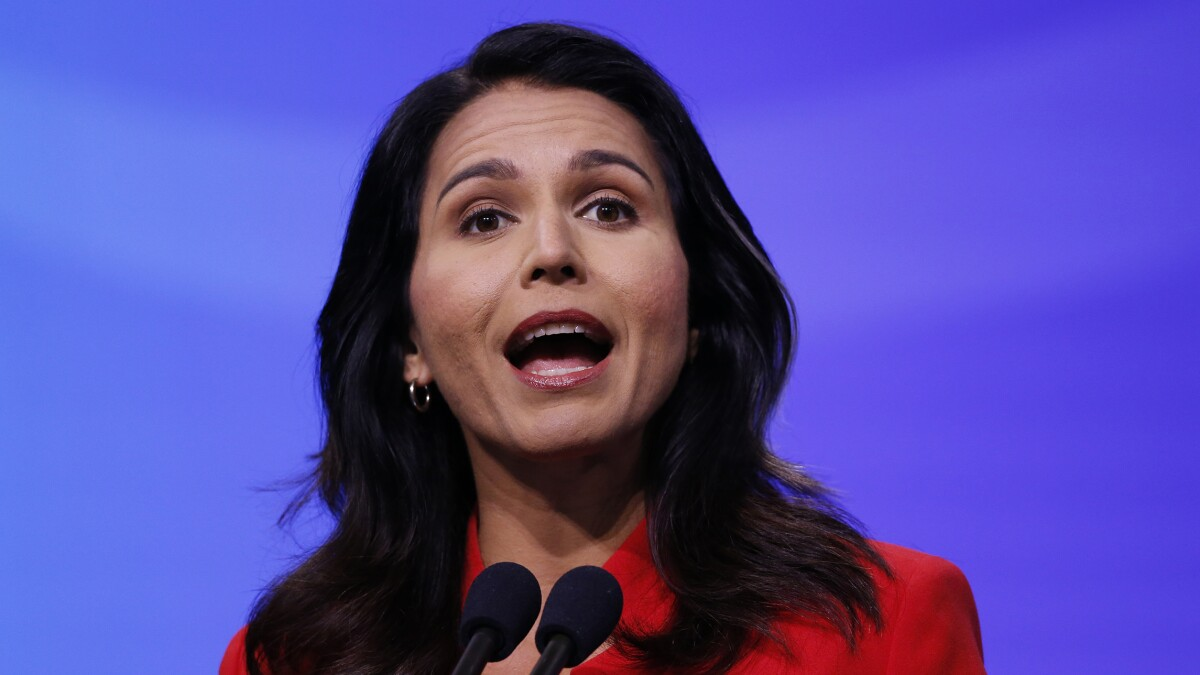 Hillary Clinton makes the wrong criticism of Tulsi Gabbard on Russia