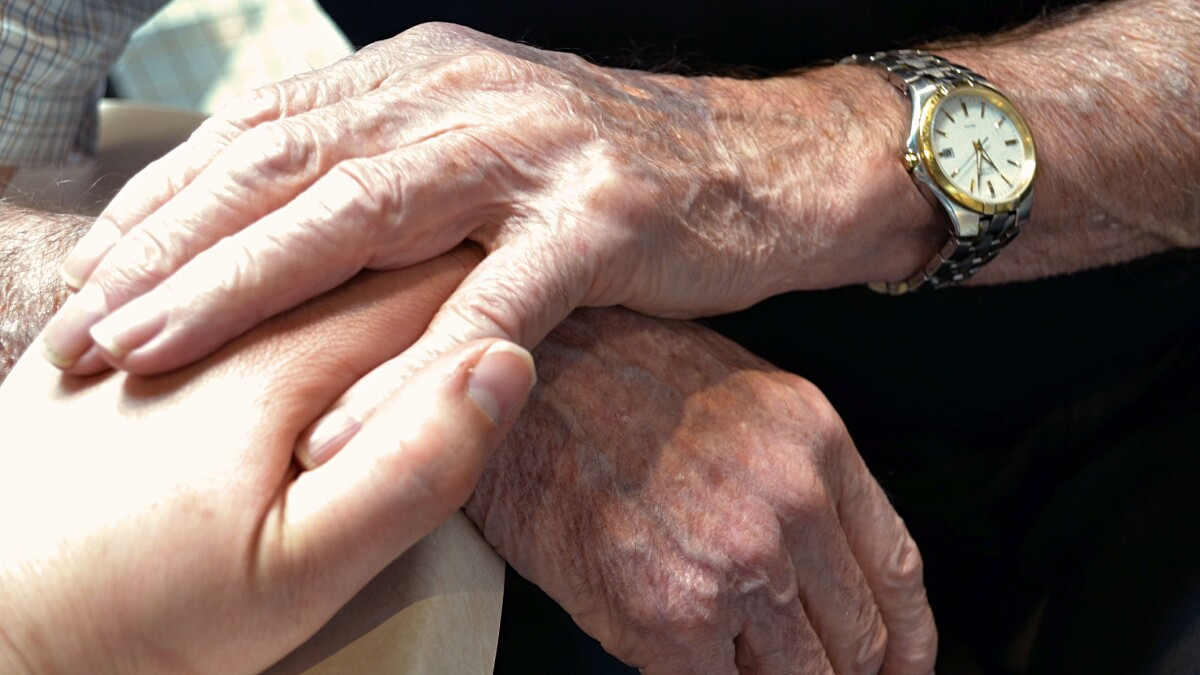 Sen. Mike Lee: The growing challenge of aging alone