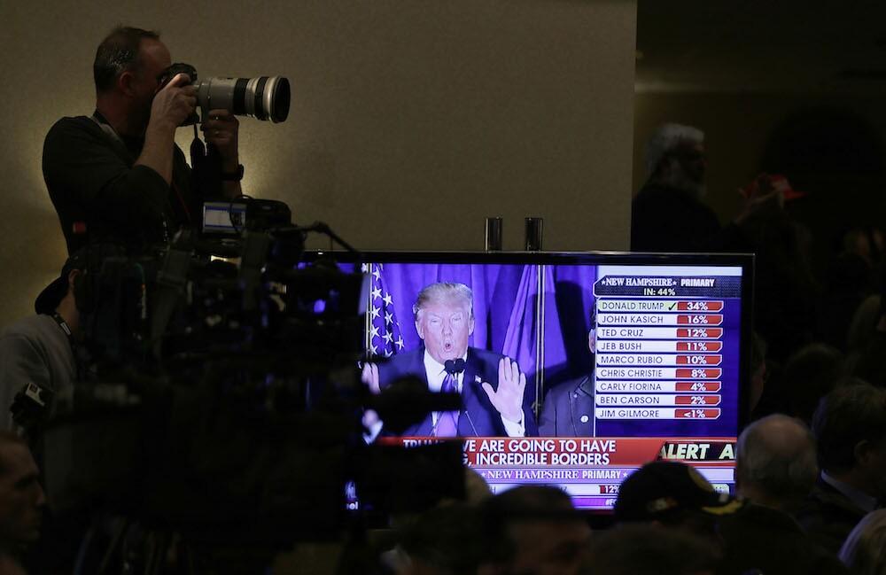 Dilbert creator: Trump 'bitch-slapped Fox News'
