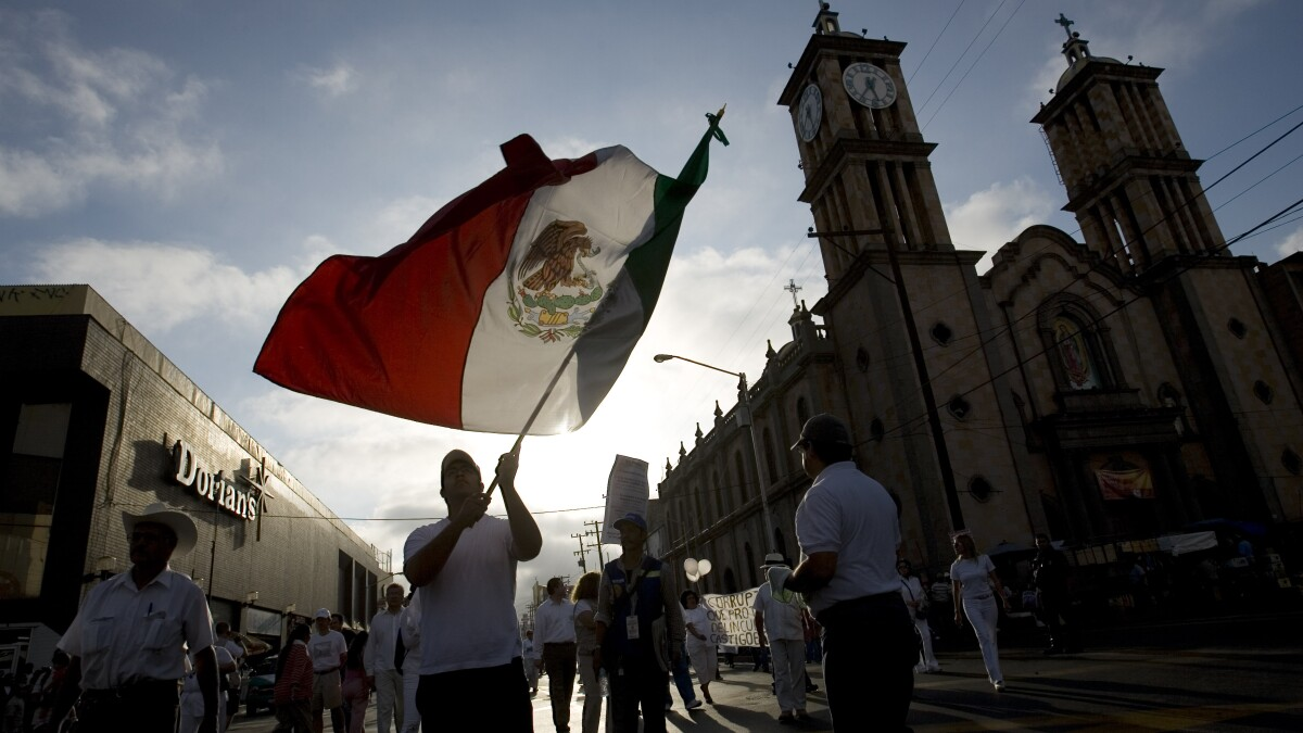 Mexico murder rate soars to average 94 per day