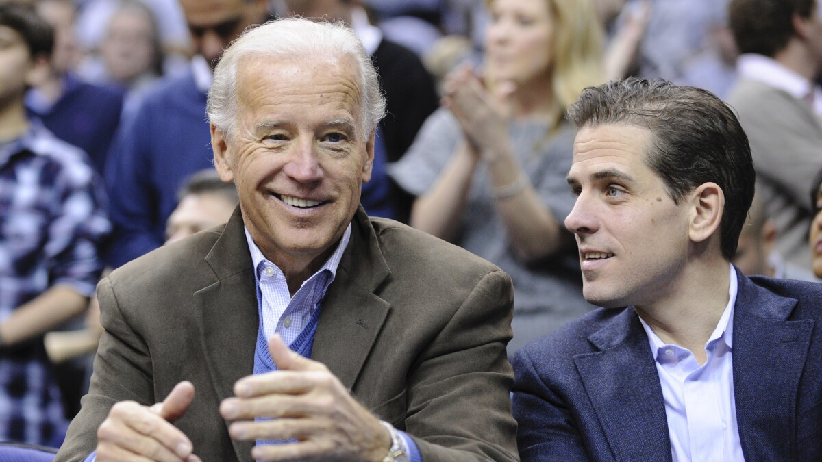 'That stinks': Jake Tapper denounces Hunter Biden's 'swampy' behavior