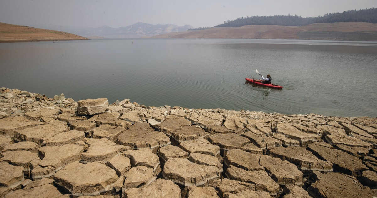 Drought-stricken California suffers the driest year in nearly a century