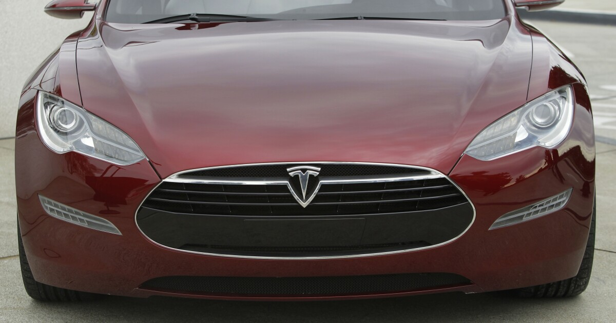 Tesla Model S ranked best overall car by Consumer Reports