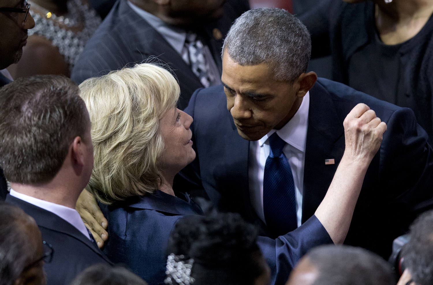 Obama was briefed on unverified Russian report claiming Clinton approved plan to tie Trump to Putin and DNC hack